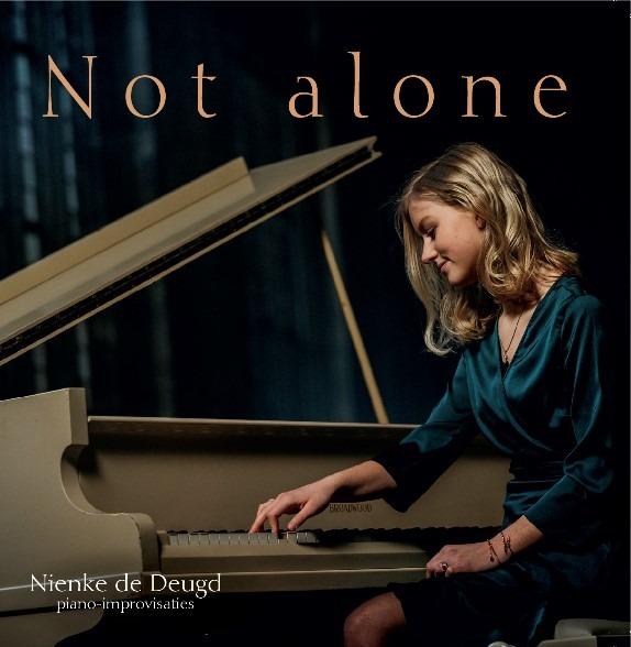 Not alone Nienke de Deugd